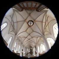 Bautzen, Dom St. Petri (Eule-Orgel im evangelischen Teil), Gesamter Innenraum von der Empore der Eule-Orgel aus gesehen