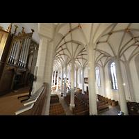 Bautzen, Dom St. Petri (Eule-Orgel im evangelischen Teil), Blick von der Empore der Kohl-Orgel in den Dom in Richtung Eule-Orgel