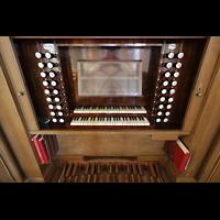 Bautzen, Dom St. Petri (Eule-Orgel im evangelischen Teil), Spieltisch der Kohl-Orgel perspektivisch