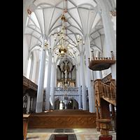 Görlitz, Frauenkirche, Blick vom Chorraum auf Orgel und Kanzel