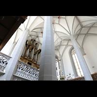 Görlitz, Frauenkirche, Orgelempore seitlich von unten gesehen