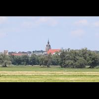 Brandenburg, St. Katharinen (Hauptorgelanlage), Blick von der Bundesstraße 102 zur Katharinenkirche