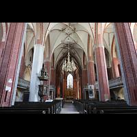 Brandenburg, St. Katharinen (Hauptorgelanlage), Innenraum in Richtung Chor