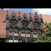 Brandenburg, St. Katharinen (Hauptorgelanlage), Luftfenster aus Maßwerk an der Südseite
