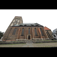 Rostock, St. Nikolai, Südliches Seitenschiff mit Turm