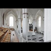 Rostock, St. Nikolai, Blick von der Westempore in die Kirche und zur Orgel