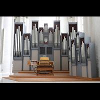 Rostock, St. Nikolai, Orgel mit Spieltisch