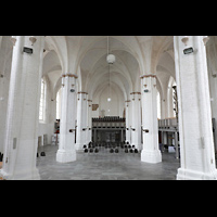 Rostock, St. Nikolai, Innenraum in Richtung Westwand