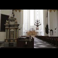 Rostock, St. Marien (Turmorgel), Nordchor mit dem ehem. Hochaltar der Nikolaikirche aus dem 15. Jh.