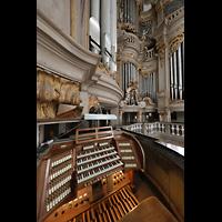 Rostock, St. Marien (Turmorgel), Spieltisch und Orgelprospekt