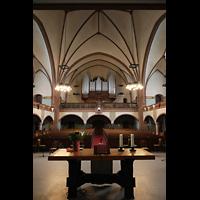 Rostock, Heiligen-Geist-Kirche, Blick über den Altar zur Orgel
