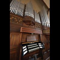 Rostock, Heiligen-Geist-Kirche, Orgel mit Spieltisch seitlich