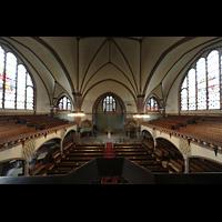 Rostock, Heiligen-Geist-Kirche, Blick vom Spieltisch in die Kirche