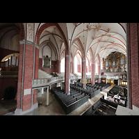 Brandenburg, St. Katharinen (Hauptorgelanlage), Blick vom Solowerk auf Haupt- und Chororgel