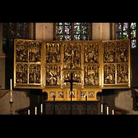 Venlo, Sint Martinus Basiliek, Hochaltar - neogotischer Flügelaltar aus dem 19. Jr. zeigt das Leben und die Passion Christi