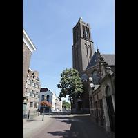 Venlo, Sint Martinus Basiliek, Außenansicht von der südlichen Grote Kerkstraat