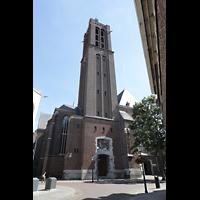 Venlo, Sint Martinus Basiliek, Außenansicht von der Sint Martinusstraat