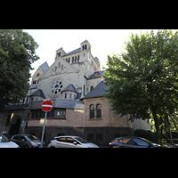 Düsseldorf - Oberkassel, St. Antonius, Seitenansicht von der Friesenstraße aus