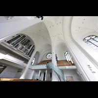 Düsseldorf, Johanneskirche, Kirchenraum mit Orgel perspektivisch