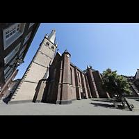 Düsseldorf, Basilika St. Lambertus, Ansicht von der Müller-Schlösser-Gasse aus