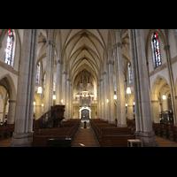 Viersen - Dülken, St. Cornelius und Peter (Hauptorgel), Innenraum in Richtung Orgel