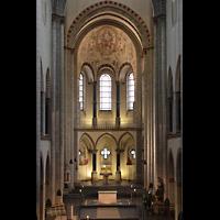 Neuss, Münster St. Quirin(us), Chorraum von der Orgelempore aus gesehen