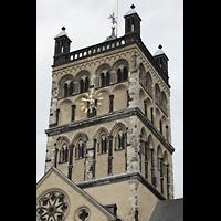 Neuss, Münster St. Quirin(us), Hauptturm von Süden