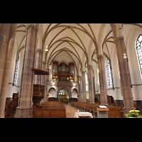 Willich, Pfarrkirche St. Katharina, Innenraum in Richtung Orgel seitlich