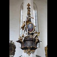 Merseburg, Dom St. Johannes und St. Laurentius, Epitaph des Kanzlers August Just im nördlichen Langhaus (1755)