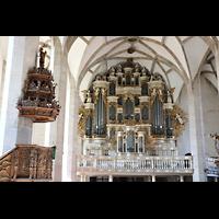 Merseburg, Dom St. Johannes und St. Laurentius, Orgel mit Kanzel im Vordergrund