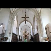 Merseburg, Dom St. Johannes und St. Laurentius, Querhaus und Chorraum mit hölzernem Kruzifix (um 1240)