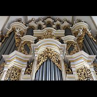 Merseburg, Dom St. Johannes und St. Laurentius, Reich verzierter barocker Orgelprospekt