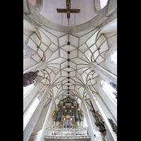 Merseburg, Dom St. Johannes und St. Laurentius, Blick ins Gewölbe mit Orgel und romanischem Kruzifix im Chor