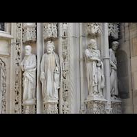 Lausanne, Cathédrale, Figuren am rechten Pfelier des Hauptportals