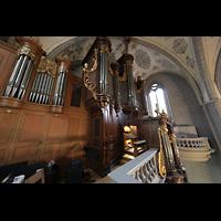 Lausanne, Saint-François (Spanische Orgel), Seitlicher Blick auf die große Orgel