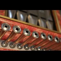 Lausanne, Saint-François (Spanische Orgel), Prospektdetail mit Chamaden der spanischen Orgel