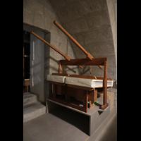 Lausanne, Saint-François (Spanische Orgel), Balganlage der spanischen Orgel in einer Kammer hinter der Orgel