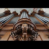 Arlesheim, ehem. Dom, Blick vom Spieltisch nach oben auf den Orgelprospekt