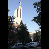 Berlin-Schöneberg, St. Konrad, Außenansicht mit Turm