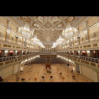 Berlin (Mitte), Konzerthaus, Großer Saal, Blick vom Spieltisch in den Saal