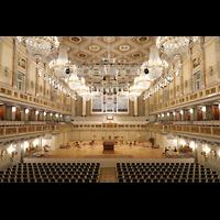 Berlin (Mitte), Konzerthaus, Großer Saal, Saal in Richtung Orgel