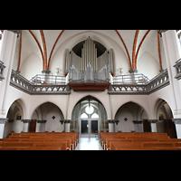 Berlin - Weißensee, St. Josef, Innenraum in Richtung Orgel
