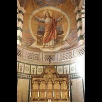 Berlin (Prenzlauer Berg), Herz-Jesu-Kirche, Hochaltar und einladender Christus in der Apsis