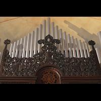Berlin (Prenzlauer Berg), Herz-Jesu-Kirche, Schnitzwerk am Orgelgehäuse