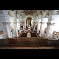 Metten, Benediktinerabtei, Pfarr- und Stiftskirche St. Michael, Blick von der Orgelempore in die Kirche