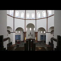 Berlin - Spandau, St. Marien (Maria, Hilfe der Christen), Blick über das Brüstungspositiv in die Kirche