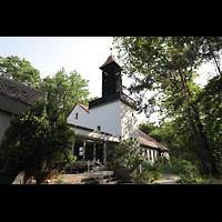 Berlin - Reinickendorf, Waldkirche Heiligensee, Außenansicht der Kirche