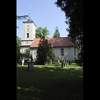 Berlin - Heiligensee, Dorfkirche, Außenansicht von Süden mit Friedhof