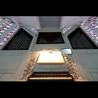 Berlin - Reinickendorf, St. Bernhard Tegel, Orgel mit Spieltisch