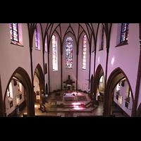 Berlin (Reinickendorf), Herz-Jesu-Kirche Tegel, Blick vom Spieltisch in die Kirche